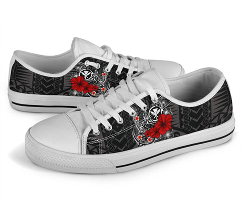 Polynesian Hawaii  Kanaka Maoli Low Top Shoe - Humpback Whale with Hibiscus (White)