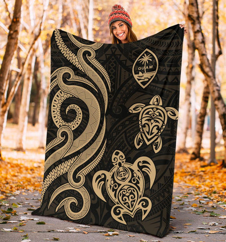 Image of Guam Polynesian Premium Blanket - Gold Tentacle Turtle - BN11