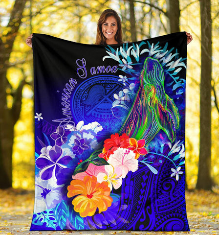 Image of American Samoa Polynesian Premium Blanket - Humpback Whale with Tropical Flowers (Blue)