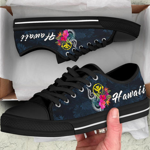 Hawaii Polynesian Low Top Shoe - Tropical Flower - BN12