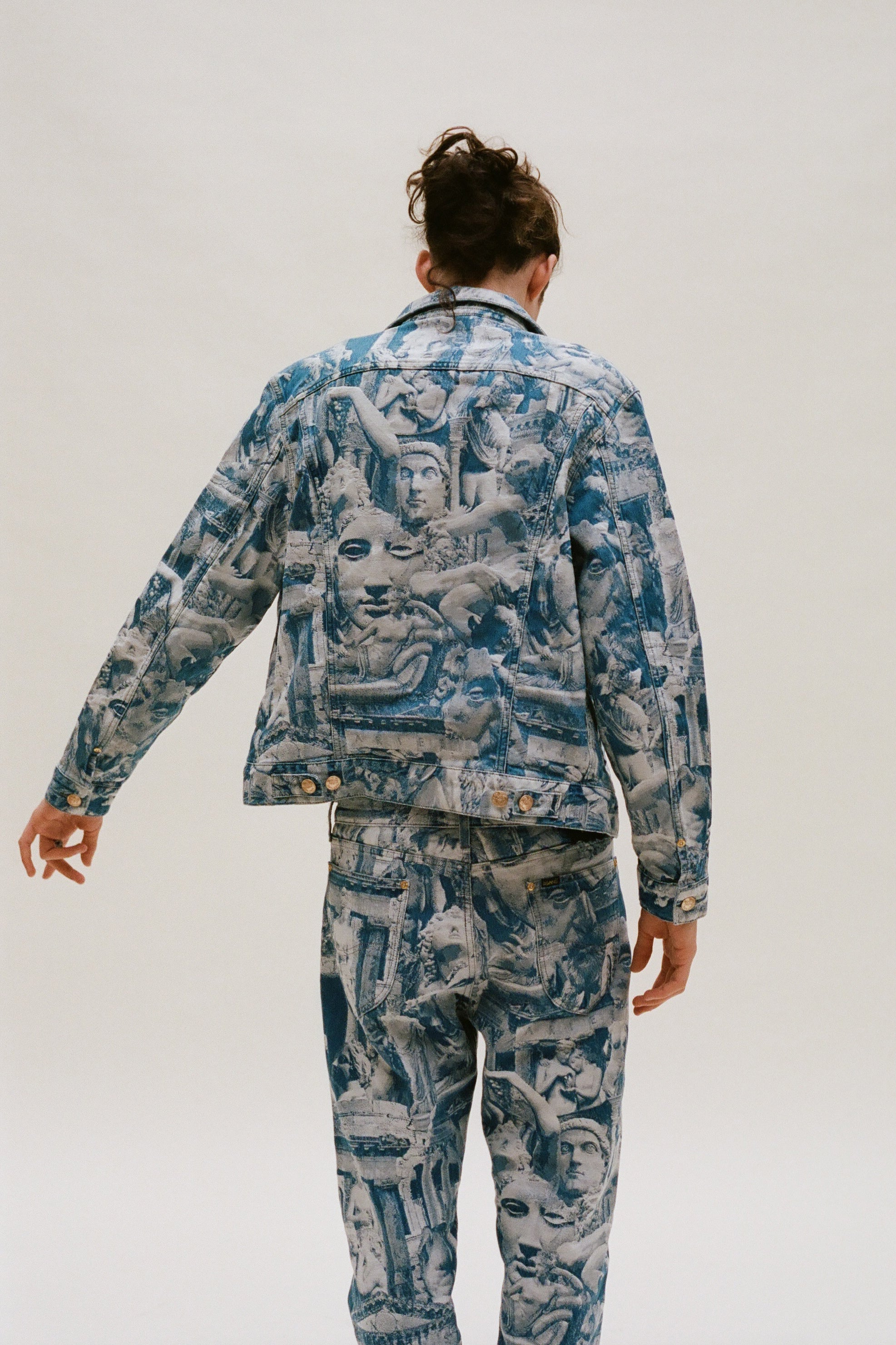 Load image into Gallery viewer, Denim Sculpture Rider Jacket