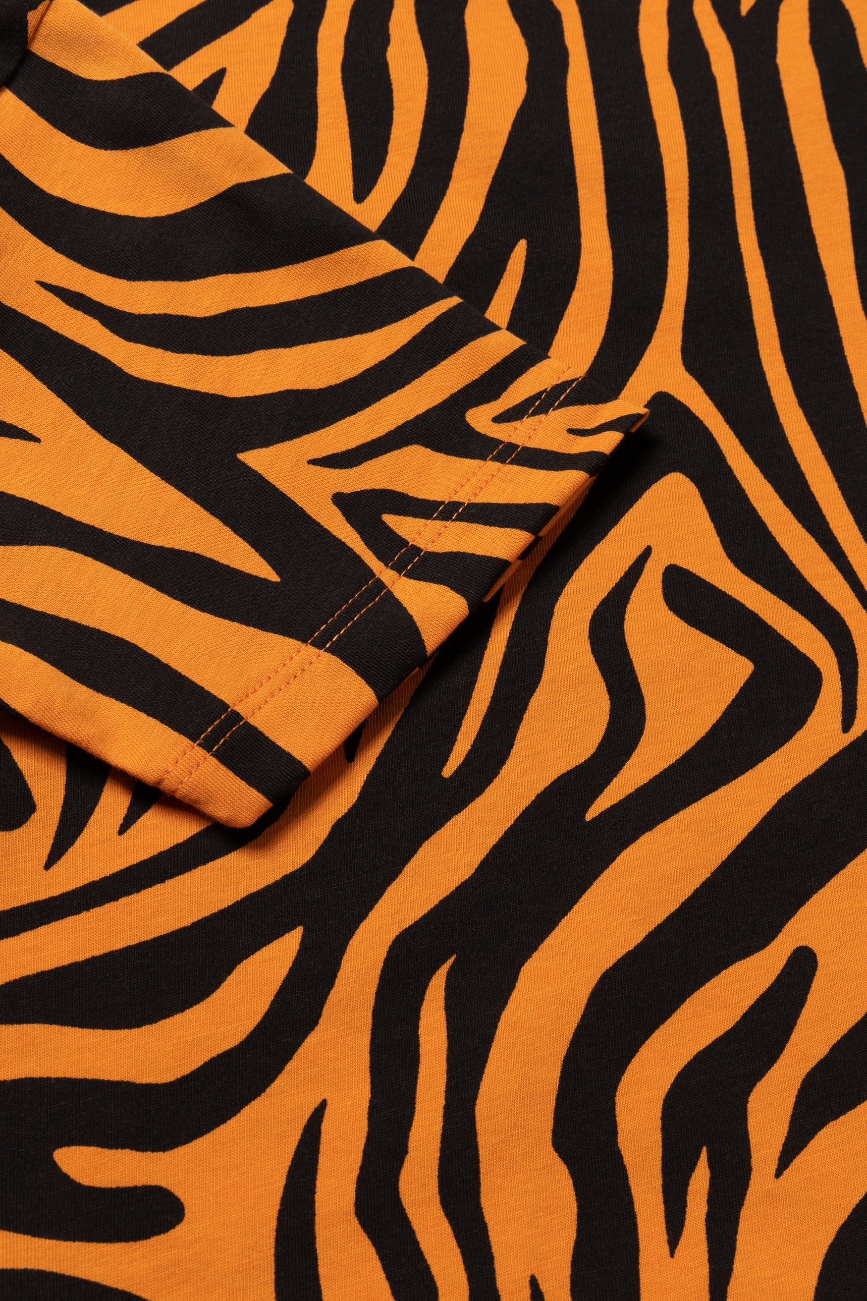 Load image into Gallery viewer, Zebra Shrunken Tee