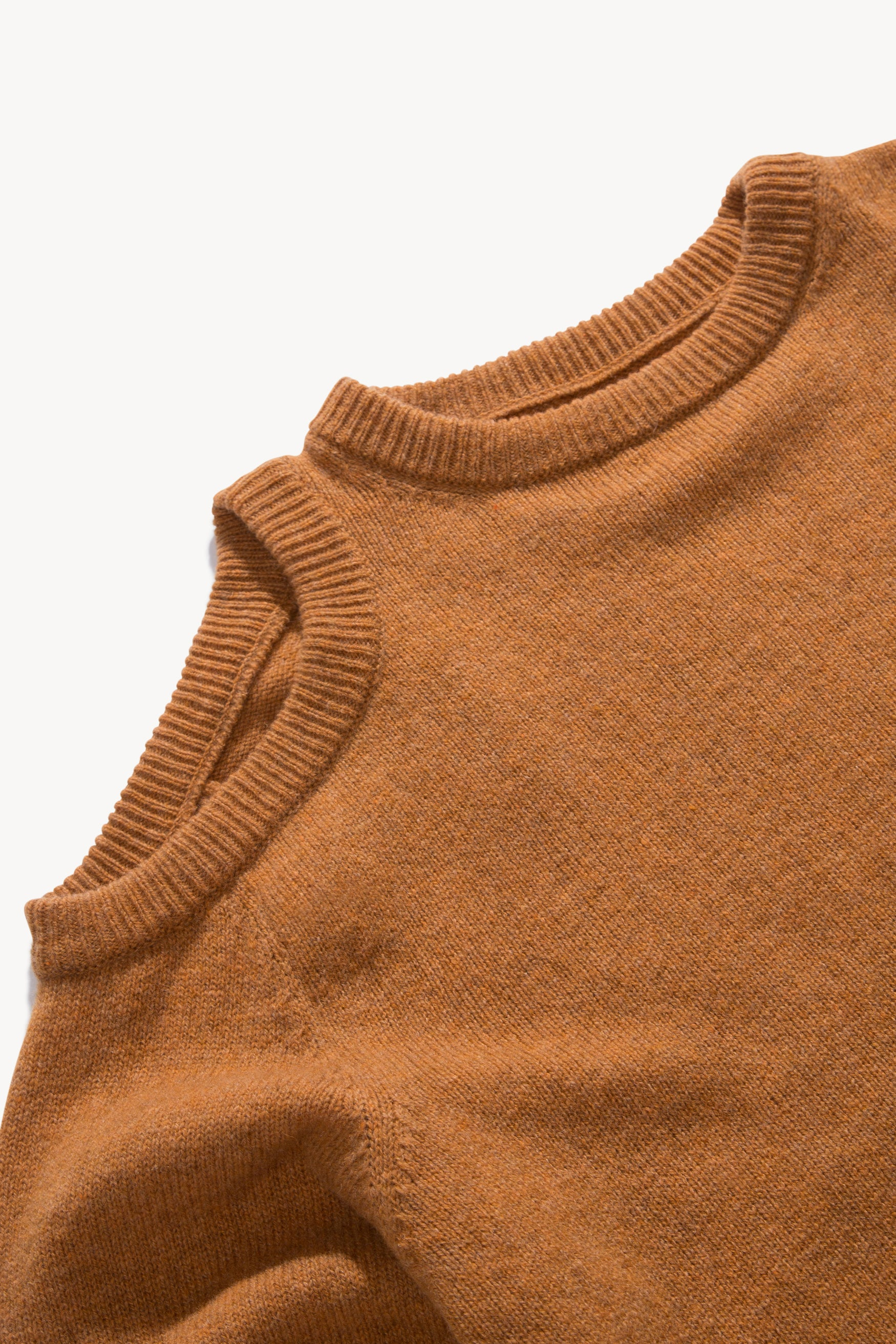 Load image into Gallery viewer, Shoulder Hole Lambswool Knit
