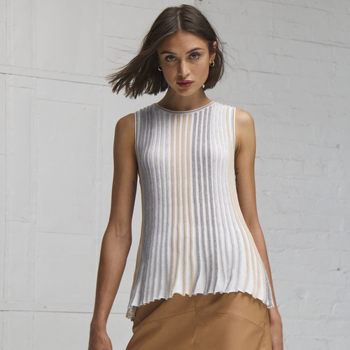Sleeveless Pleated Swing Top