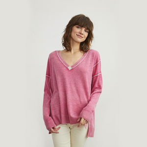 Inked V-Neck with Reverse Seams in Pink