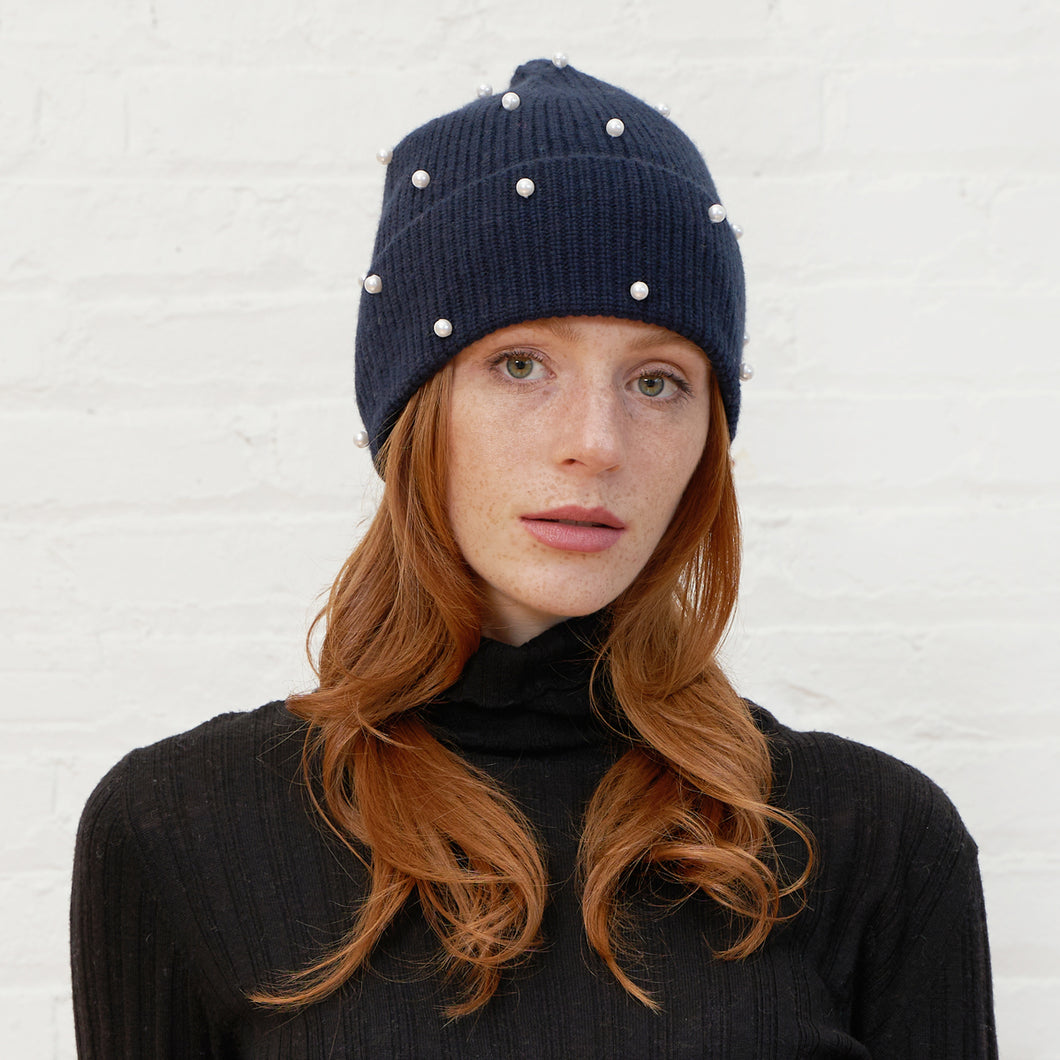 Rib Pearl Beanie in Black