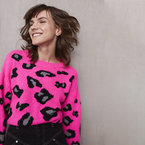 Leopard Crew in Atomic Pink | Autumn Cashmere