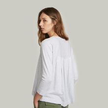 Load image into Gallery viewer, Pleat Back V-Neck Cardigan. Women's Lightweight Cardigan. Lightweight Gray Cardigan. Autumn Cashmere.