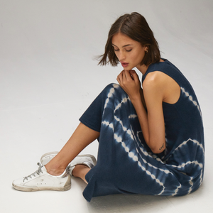 Autumn Cashmere. Tie Dye Maxi Dress in Navy Blue. Sleeveless. Lightweight Cashmere.