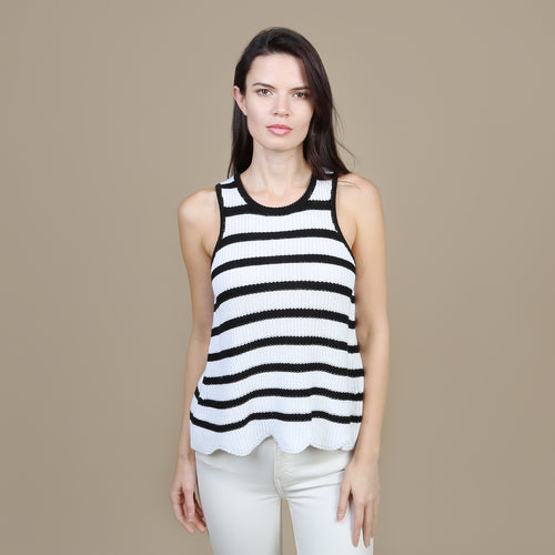 Scallop Shaker Tank in White/Black