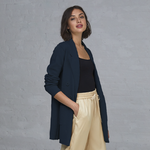 Autumn Cashmere. Blue Boyfriend Milano Blazer. Women's Blue Blazer. 100% Italian Cotton.