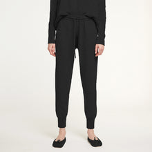 Load image into Gallery viewer, Cashmere Jogger Pant in Black