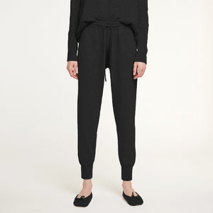 Cashmere Jogger Pant in Black