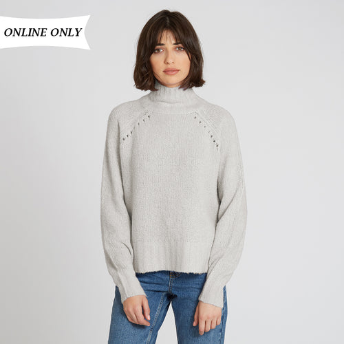 Turtleneck with Pointelle in Chalk | Autumn Cashmere