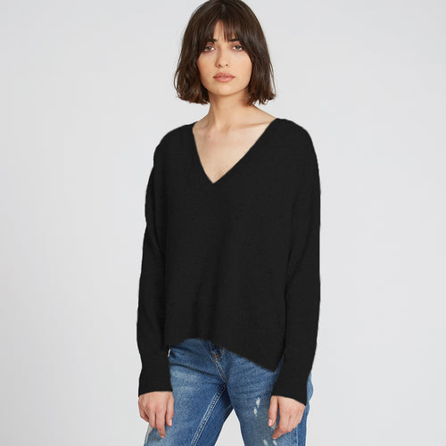 Relaxed Cashmere V-Neck in Black | Autumn Cashmere
