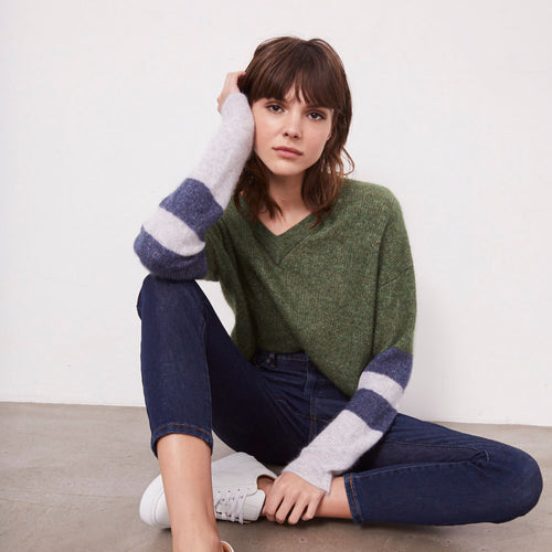 Crop Shaker Varsity Pullover in Green | Autumn Cashmere