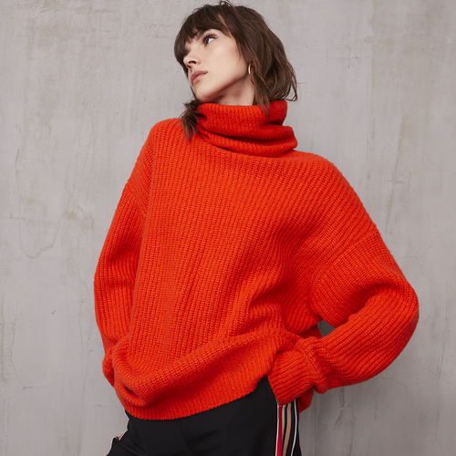 Oversize Turtleneck in Orange