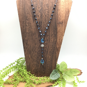HANDCRAFTED BLUE BEADED NECKLACE