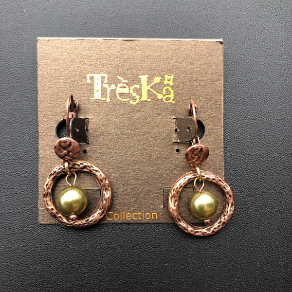 FOREST CIRCLE & PEARL LEVER EARRING
