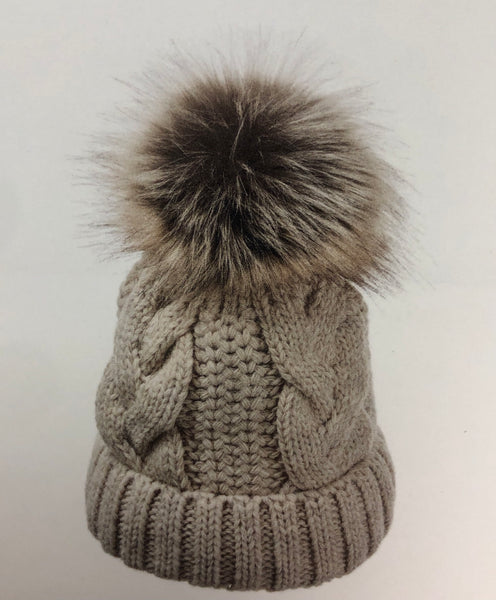 VILLAGEHOUSE IMPORTERS BEANIE WITH FAUX FUR POM