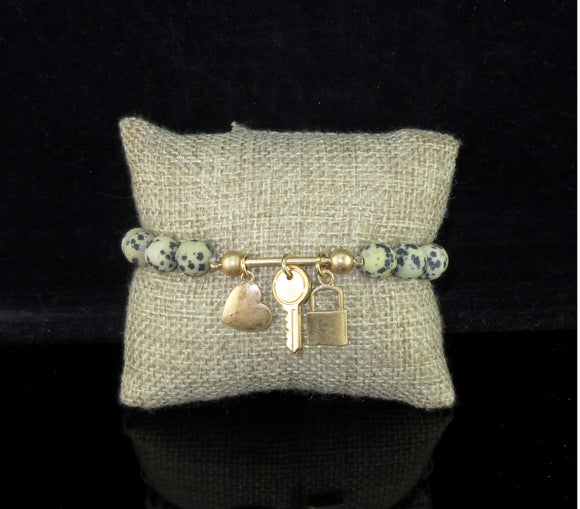 GOLD LOCK/KEY CHARMS STONE BEADED BRACELET