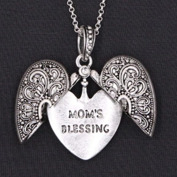 MOM'S BLESSING MESSAGE LOCKET