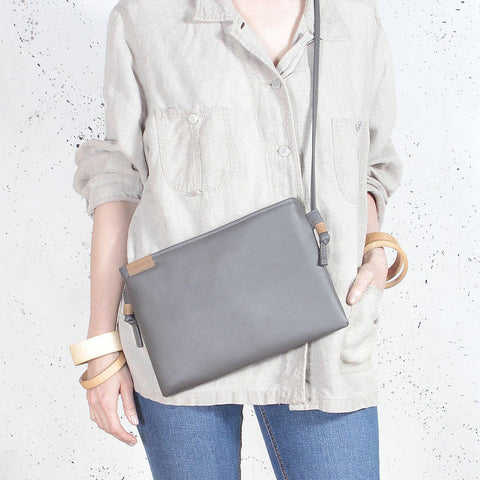 Nodo Clutch bag grey vegan faux leather