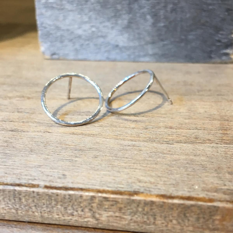 Loop Earring Hammered Silver