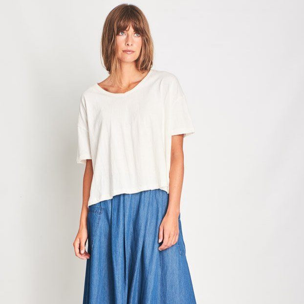 Olga Tee Oversized White Linen V Neck