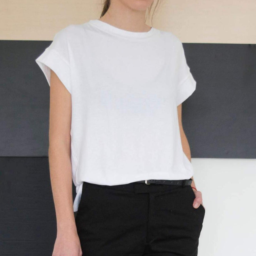 Minimalist T-shirt with boxy silhouette, White
