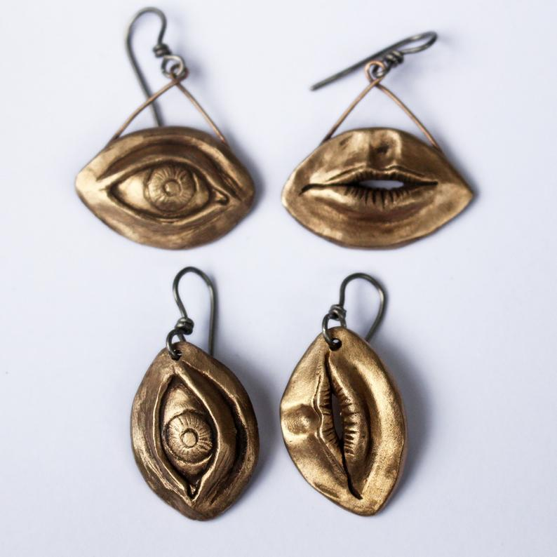 Eye Earring Bronze