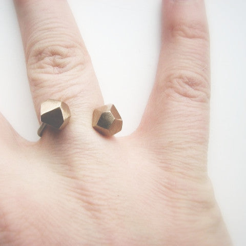 Facet Ring Bronze