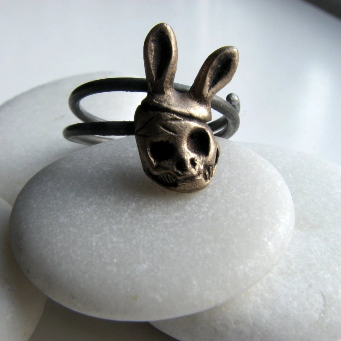 Lonely Party Skull Ring Bronze