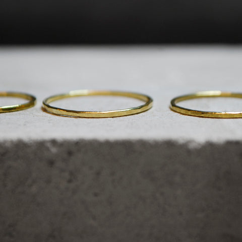 Loop Thin Ring Brass