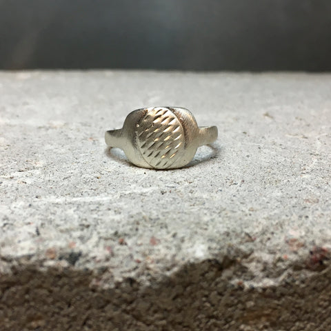 Vintage hammered detail Sterling Silver Ring