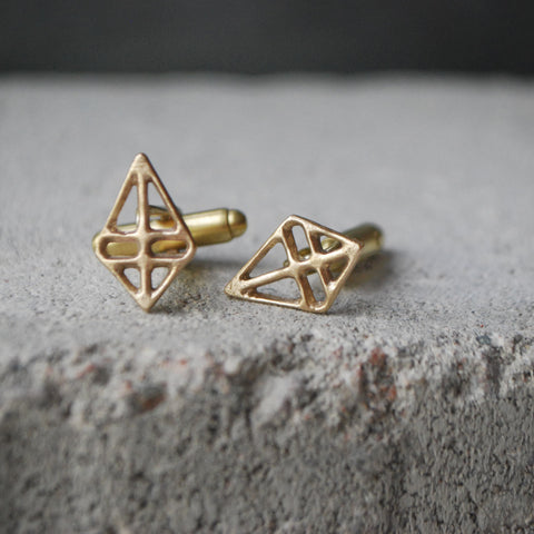 Ruuti Cufflinks in Bronze or Silver