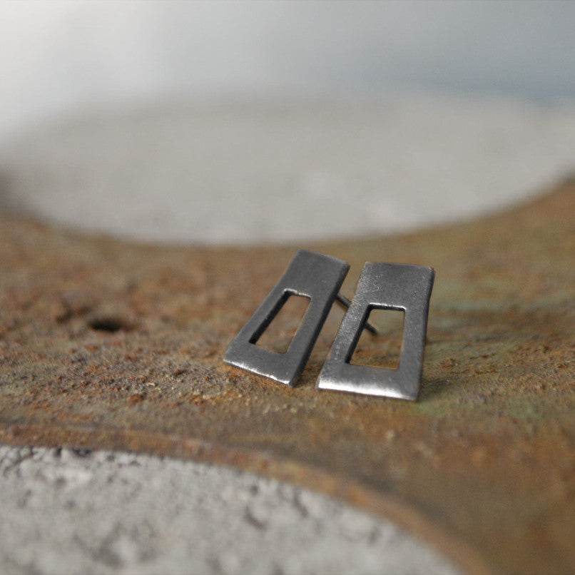 Lyhty Earrings Oxidized Silver