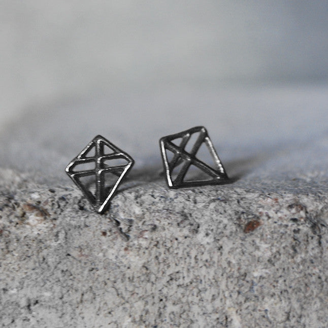 Pien Ruuti Earrings Dark Oxidized Silver