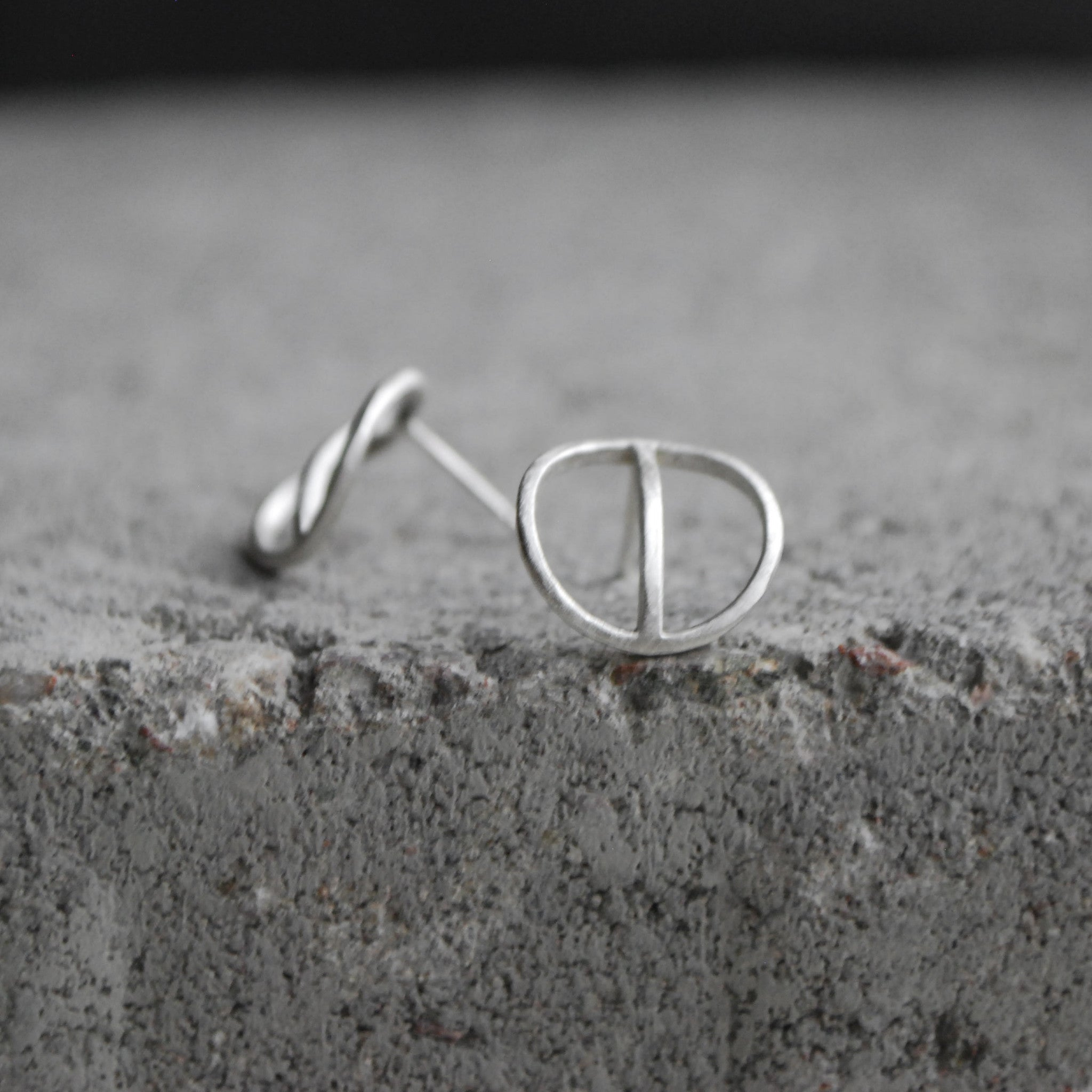 Tyyni Earrings Oxidized Silver