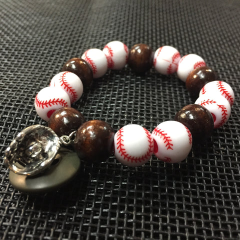 ****************************************************************************************The Catcher's Glove Bracelet