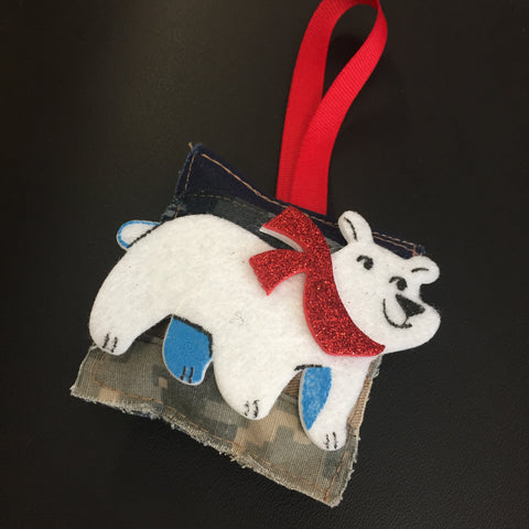 ************************************************************************************************************************************************The Polar Bear Christmas Ornament