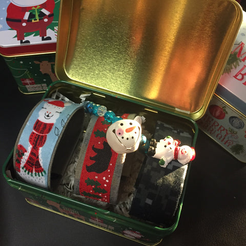 **************************************************************************************************************************************************The Christmas Tin Collection