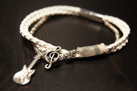 The 2015 Catroom Bracelet