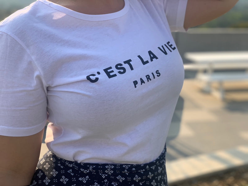 basic white t-shirt paris