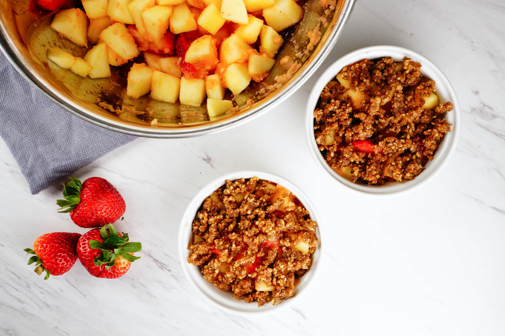 Apple/ Strawberry Crisp