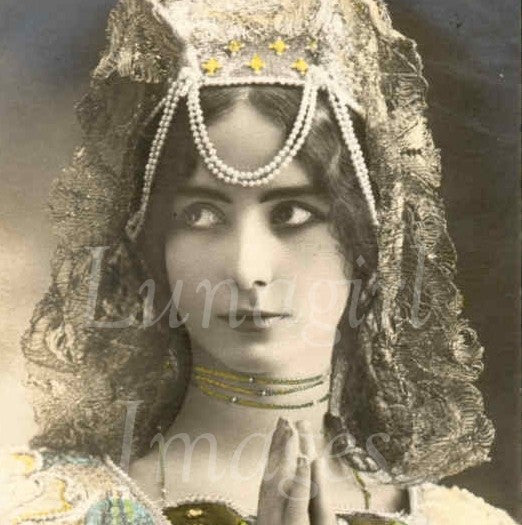 Victorian Edwardian Vintage Ladies Photos Volume #3: 1000 Images