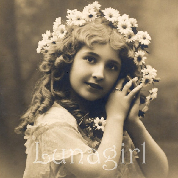 Vintage Photos Of Victorian Little Girls Lovely Vintage