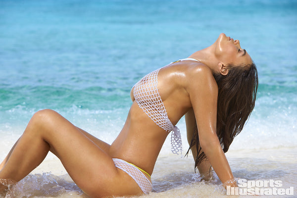 Myla Dalbesio - Sports Illustrated 2017 - Gabriela Pires Beachwear