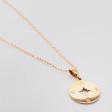 BELLA BLOOM 10K GOLD COMPASS NECKLACE