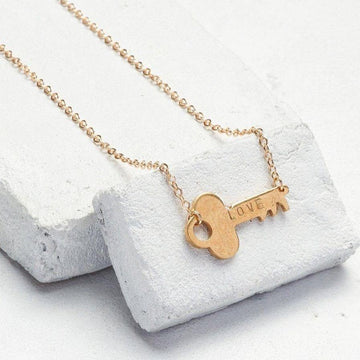 GIVING KEY NEVER ENDING KEY CHOKER NECKLACE